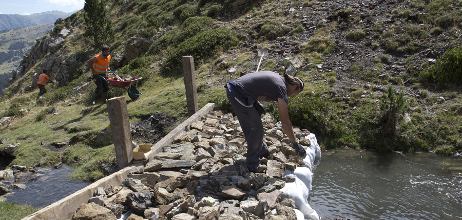 """Enllestida la presa del Camp de Claror i altres mesures per controlar la """"catàstrofe"""" provocada per les pluges"""